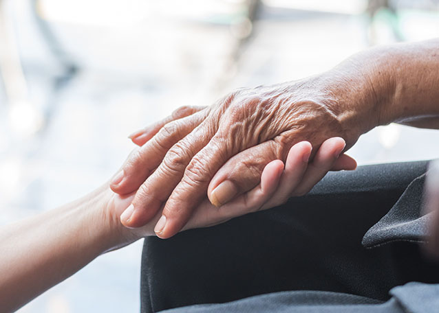 Pros of a Memory Care Facility Versus In-Home Care in Pittsburgh