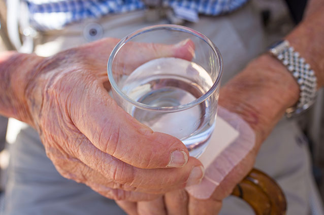 Know The Benefits of Hydration And Signs of Dehydration