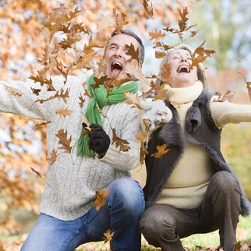8 Fall Activities For Seniors To Enjoy