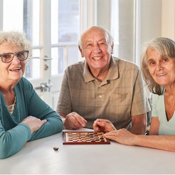 Fun Ways for Seniors to Socialize This Fall